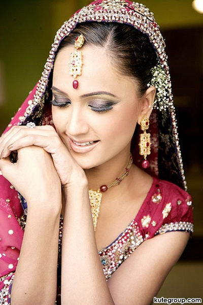beautiful-bridal-makeup- (13)