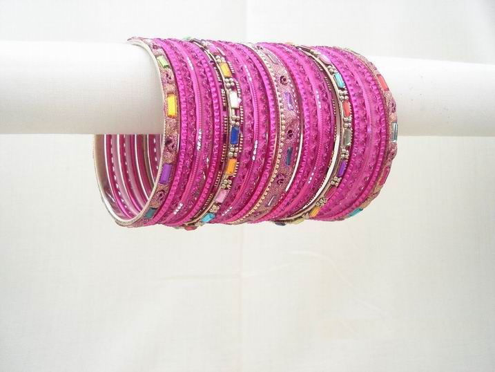 colorful-indian-bangles- (3)