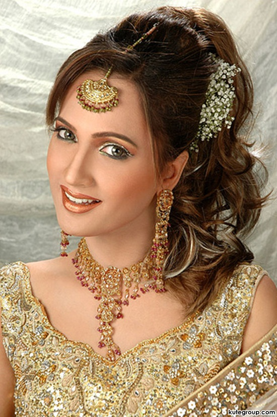 bridal-makeup-and-jewerly- (10)