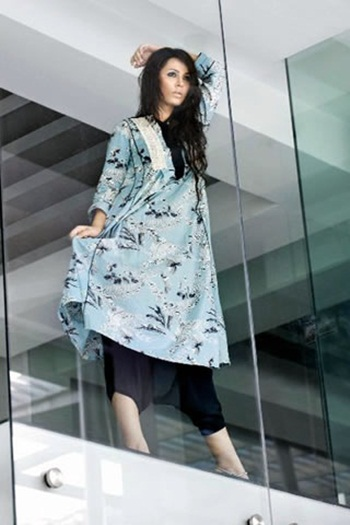 gul-ahmed-cotton-collection-for-winter-2010- (9)