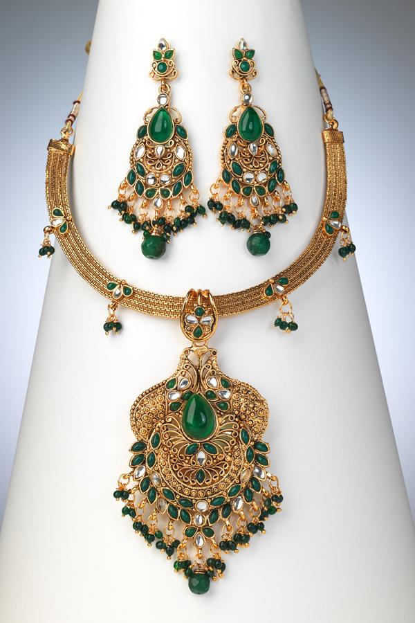 pakistani-jewelry-sets- (8)