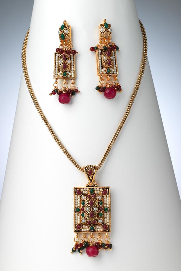 pakistani-jewelry-sets- (2)