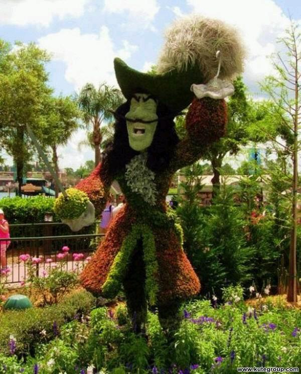 creative-disney-garden- (12)
