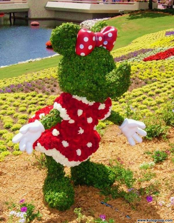 creative-disney-garden- (14)