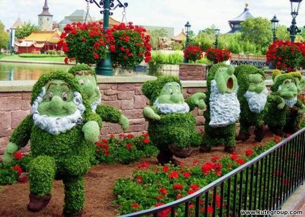 creative-disney-garden- (6)