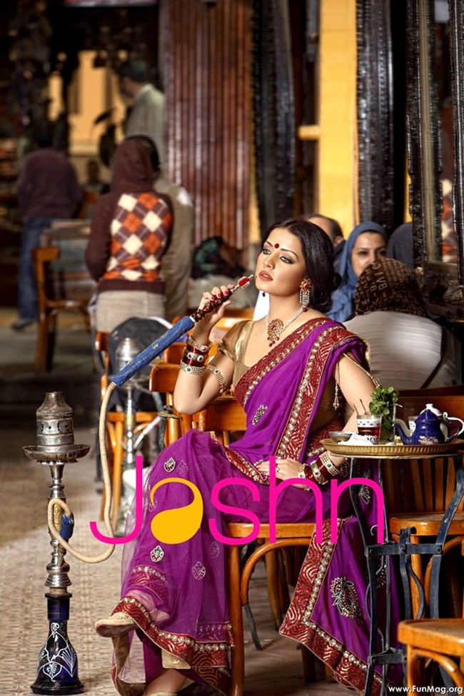 celina-jaitely-jashn-saree-collection- (1)