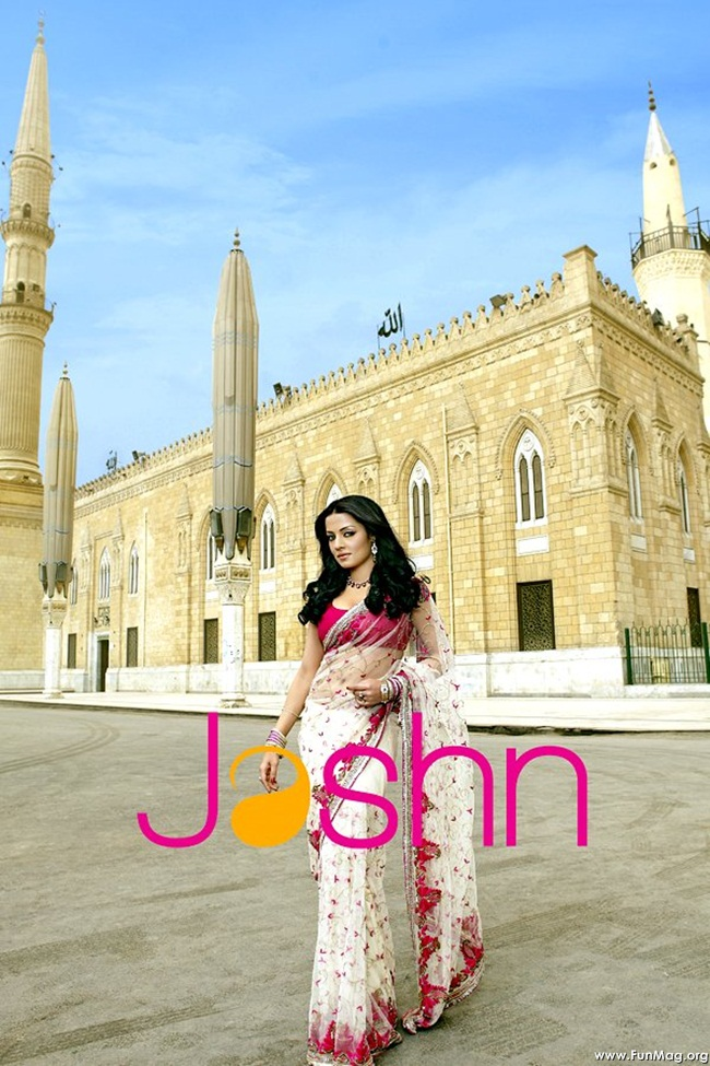 celina-jaitely-jashn-saree-collection- (3)