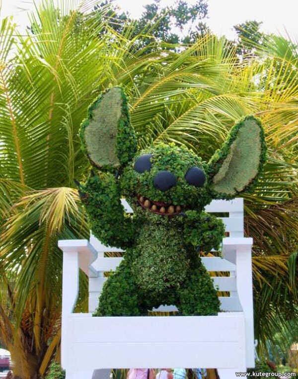 creative-disney-garden- (17)