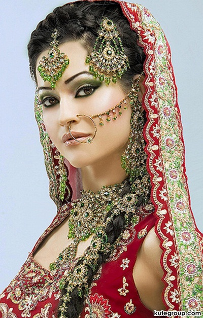 beautiful-bridal-makeup- (1)
