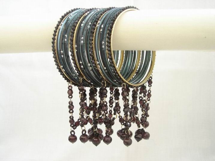 colorful-indian-bangles- (27)