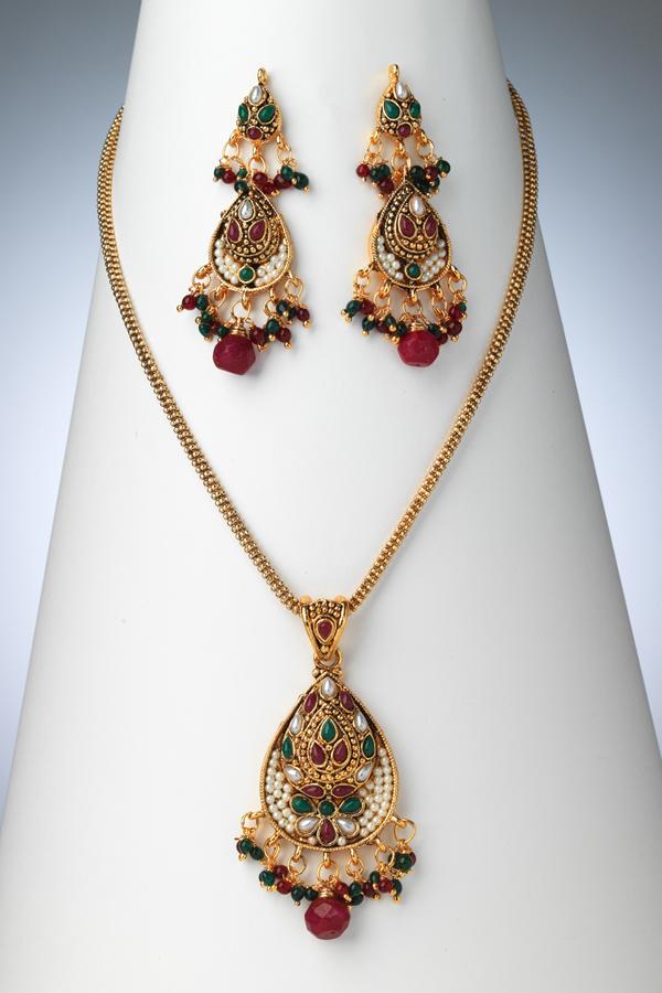 pakistani-jewelry-sets- (3)
